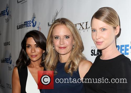 Marisol Nichols, Kelly Preston and Emma Booth 7