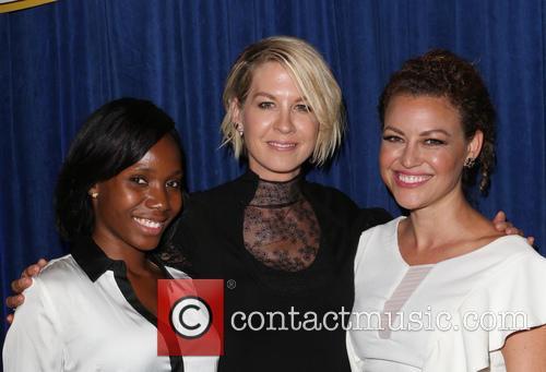 Jenna Elfman, Kim Biddle and Guest 4