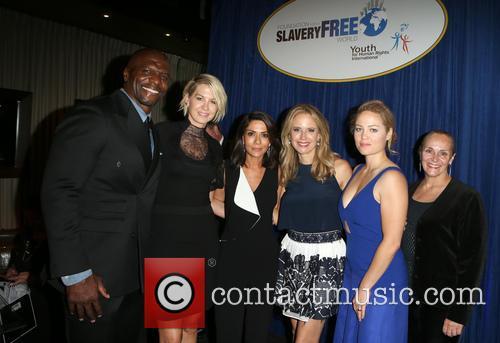 Terry Crews, Tim Ballard, Mary Shuttleworth, Marisol Nichols, Kelly Preston, Erika Christensen and Jenna Elfman 3