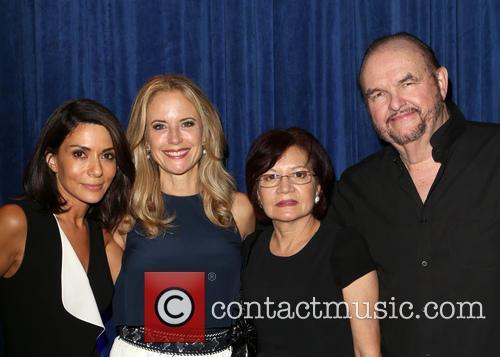 Marisol Nichols, Kelly Preston and Maria Patnick. Stepfather 1