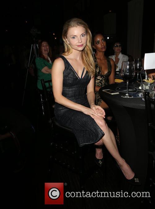 Izabella Miko 2