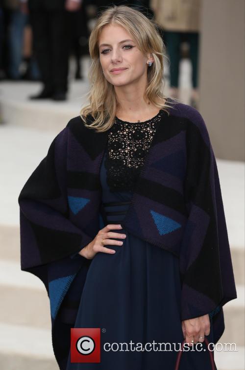 Melanie Laurent 5