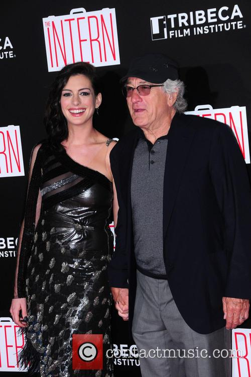 Anne Hathaway and Robert De Niro 2