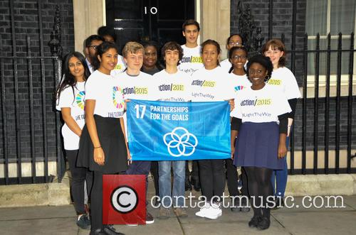 17 Children In Front Of Downing Street 2