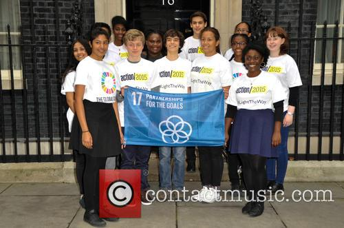 17 Children In Front Of Downing Street 1