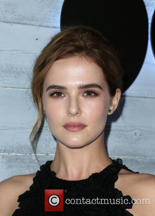 Zoey Deutch 2