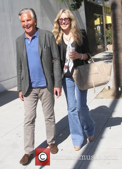 George Hamilton and Alana Stewart enjoy lunch together...