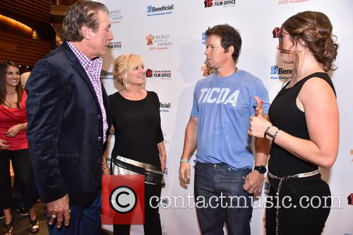 Vince Papale, Janet Papale, Mark Wahlberg and Gabriella Papale 1