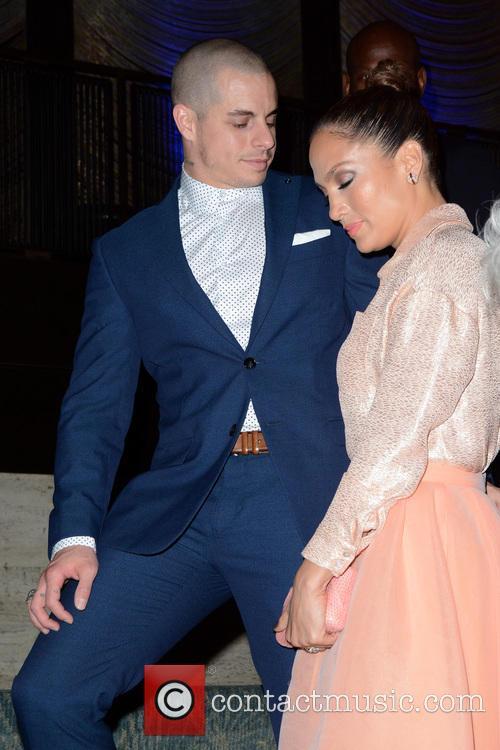 Casper Smart and Jennifer Lopez 2