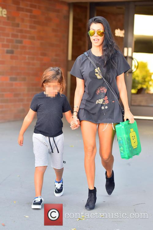 Kourtney Kardashian and Mason Dash Disick 4