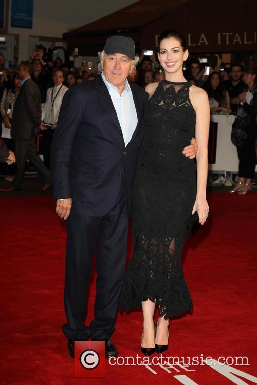 Robert De Niro and Anne Hathaway 2