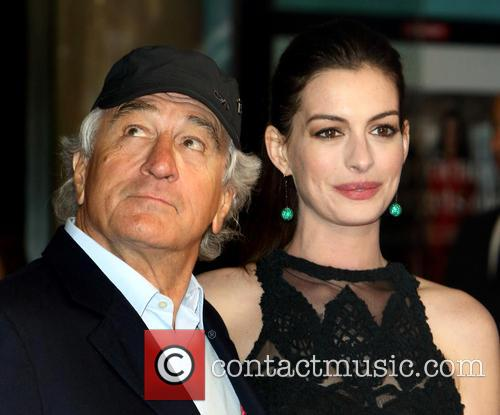 Robert De Niro and Anne Hathaway 1