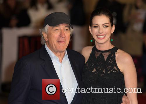 Robert De Niro and Anne Hathaway 3