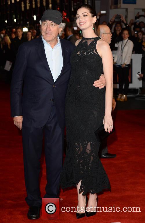 Robert Deniro and Anne Hathaway 2
