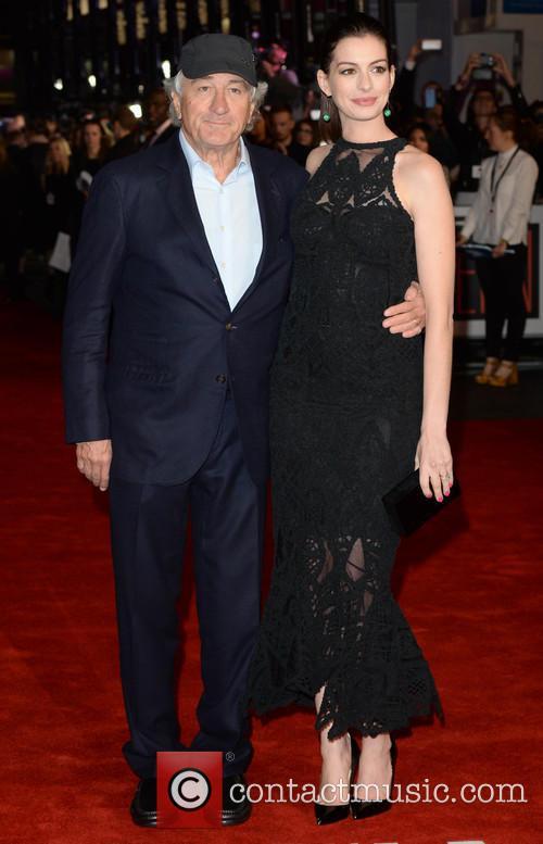 Robert Deniro and Anne Hathaway 5