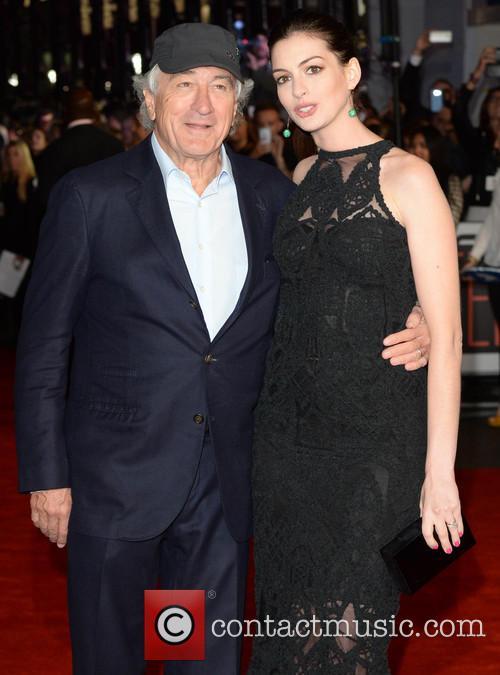 Robert Deniro and Anne Hathaway 7