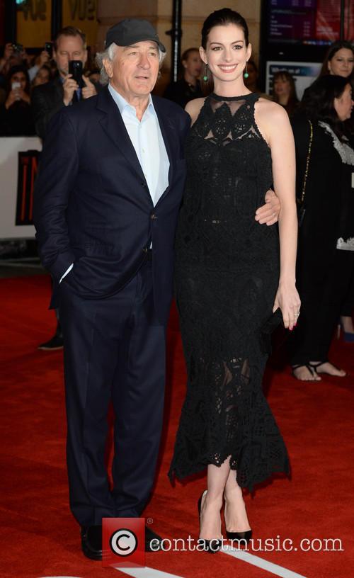 Robert Deniro and Anne Hathaway 9