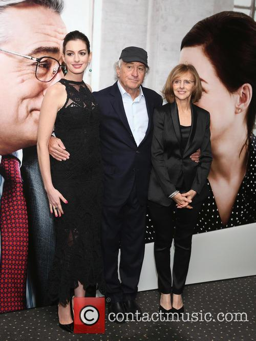 Anne Hathaway, Robert De Niro and Nancy Meyers 3