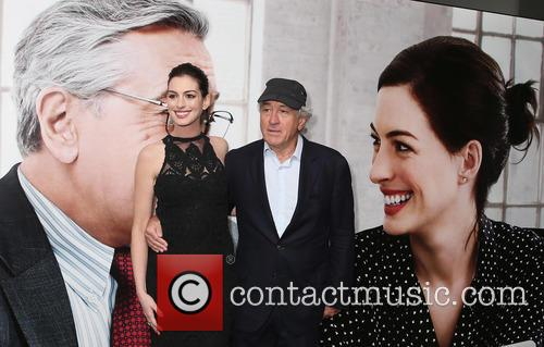 Anne Hathaway and Robert De Niro 1