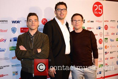 Rami Malek, Sam Esmail and Christian Slater 1