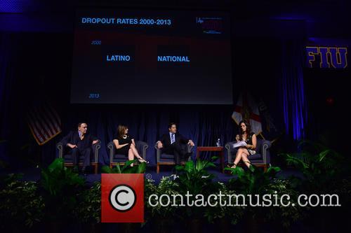 Dr. José A. Vicente, Elizabeth Bejar, Alberto Carvalho and Soledad O'brien 4