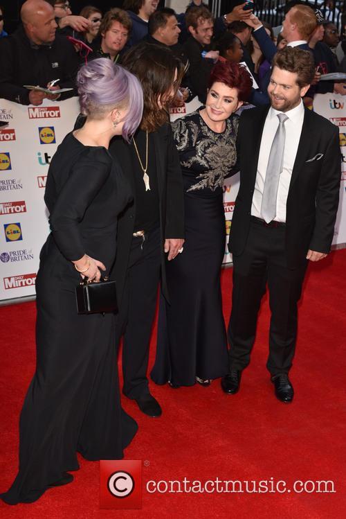 Kelly Osbourne, Ozzy Osbourne, Sharon Osbourne and jack Osbourne 3