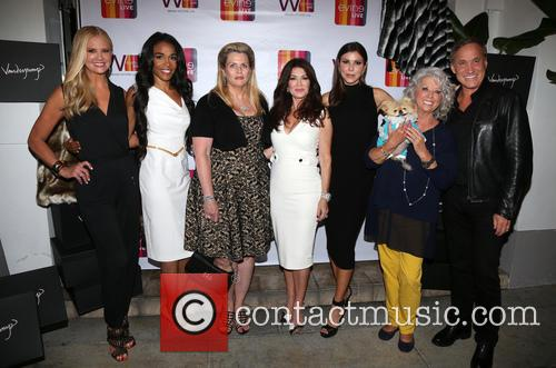 Nancy O'dell, Michelle Williams, Nancy Davis, Lisa Vanderpump, Heather Dubrow, Paula Deen, Giggy and Dr.terry Dubrow 2