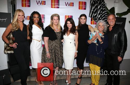 Nancy O'dell, Michelle Williams, Nancy Davis, Lisa Vanderpump, Heather Dubrow, Paula Deen, Giggy and Dr.terry Dubrow 4