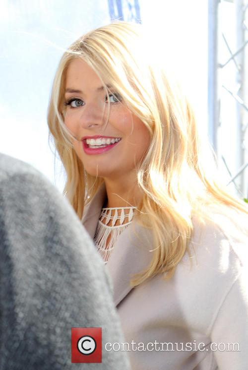 Holly Willoughby and Phillip Schofeild 5