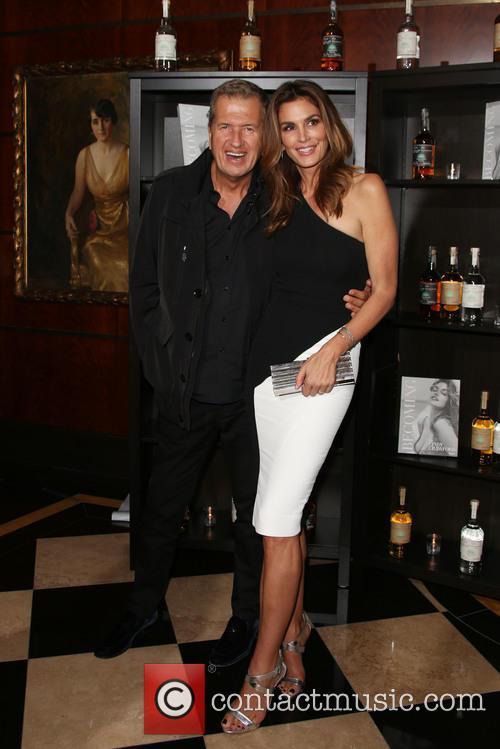 Mario Testino and Cindy Crawford 1