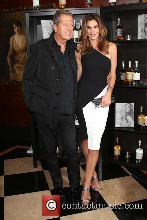 Cindy Crawford and Mario Testino 1