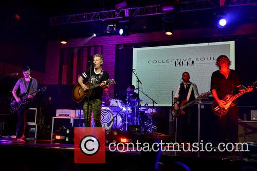Jesse Triplett, Ed Roland, Johnny Rabb, Will Turpin, Dean Roland and Collective Soul 6