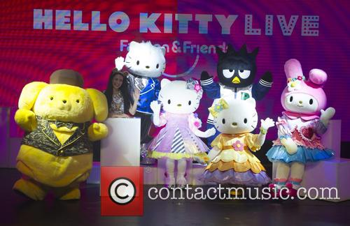 Hello Kitty Fashion Show and Friends