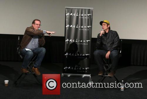 Benicio Del Toro and Guest 7