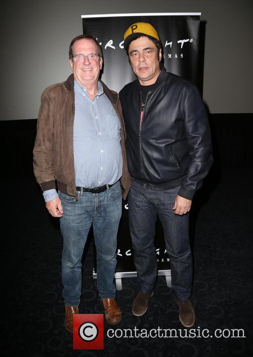Benicio Del Toro and Guest 1