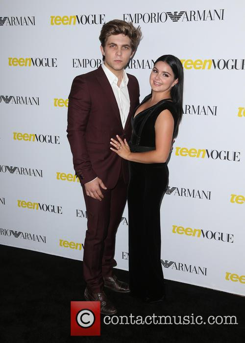 Laurent Claude Gaudette and Ariel Winter 9