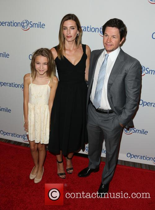 Ella Rae Wahlberg, Rhea Durham and Mark Wahlberg 3