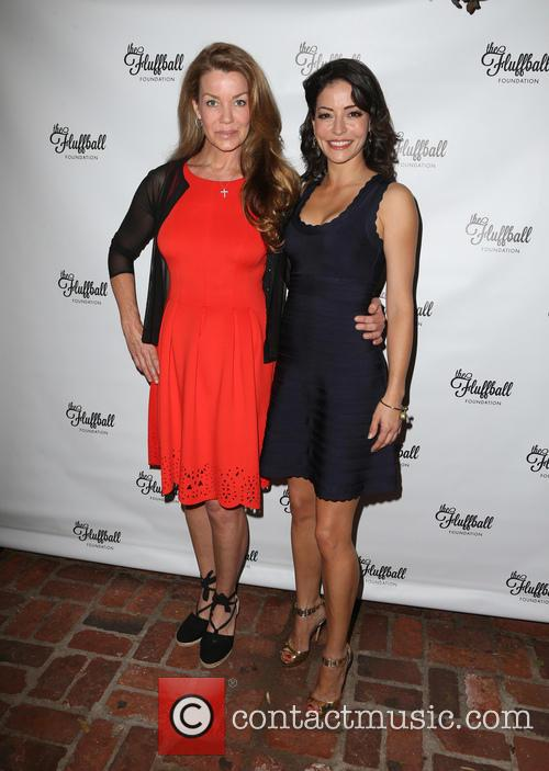 Claudia Christian and Emmanuelle Vaugier 5