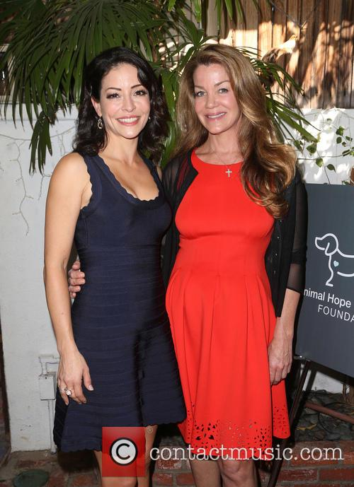 Emmanuelle Vaugier and Claudia Christian 3