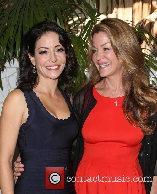 Emmanuelle Vaugier and Claudia Christian 1