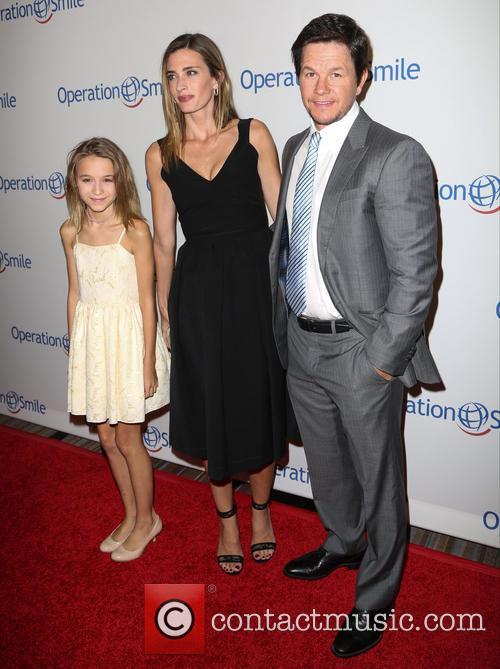 Ella Wahlberg, Rhea Durham and Mark Wahlberg 2