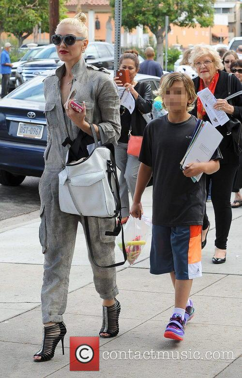Gwen Stefani and Kingston Rossdale 7