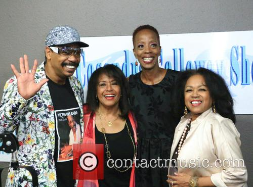 Victor Orlando, Scherrie Payne, Cosandra Calloway and Susaye Greene 1