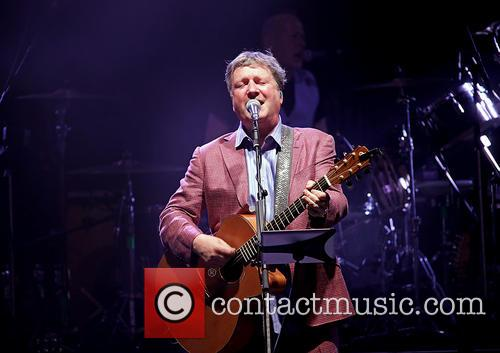 Glenn Tilbrook and Squeeze 5