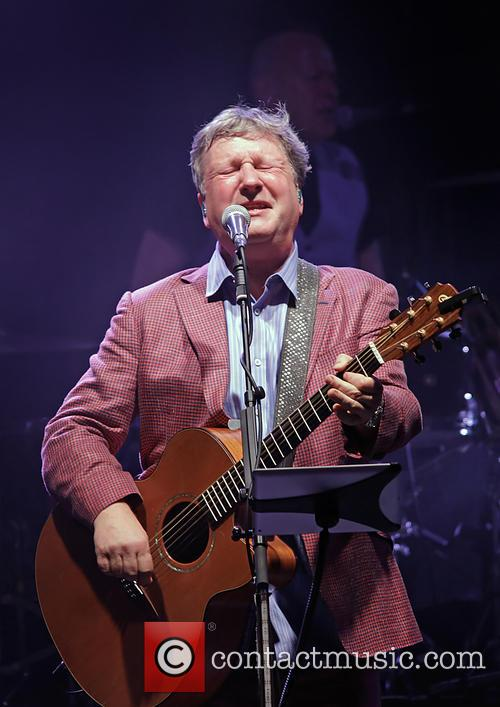 Glenn Tilbrook and Squeeze 6
