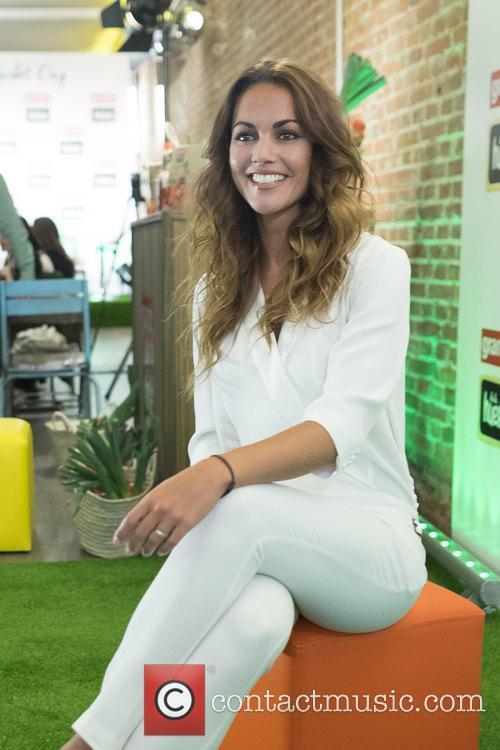 Lara Alvarez 9