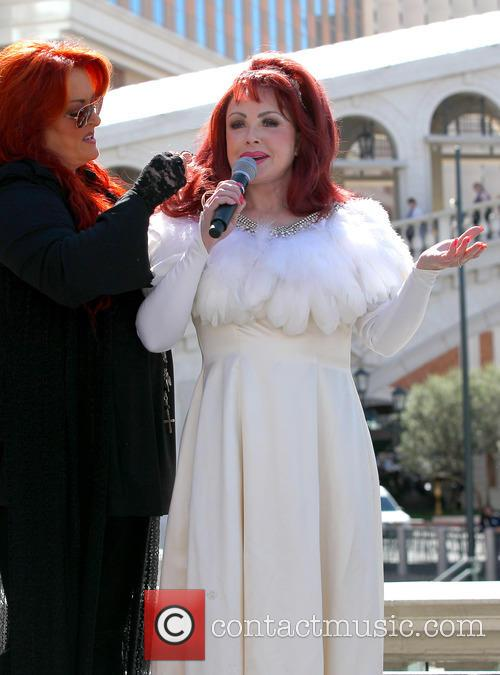 Wynonna Judd, Naomi Judd and The Judds 2