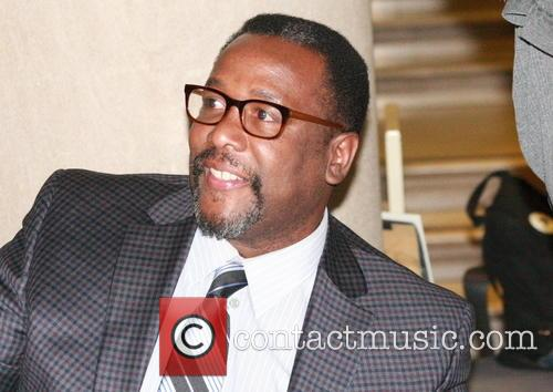Wendell Pierce signs copies of his new book