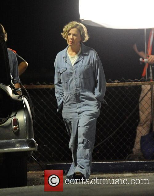 Annette Bening filming '20th Century Women'