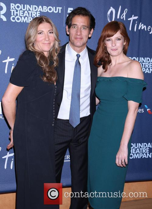 Eve Best, Clive Owen and Kelly Reilly 5